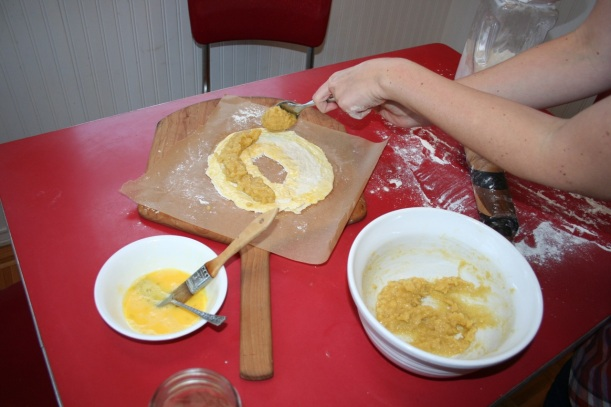 How to make banket, a Dutch almond pastry