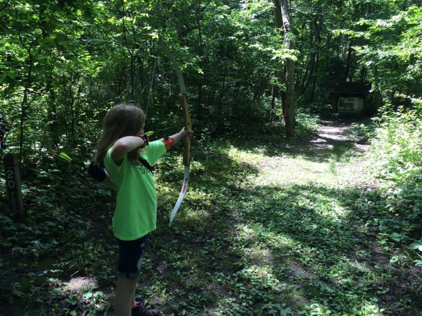 9YO girl shoots a recurve bow in Minnesota